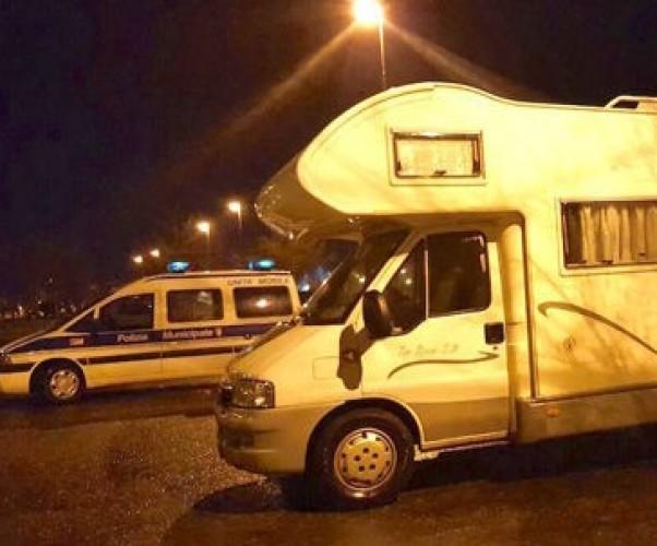 La Polizia municipale trova un camper rubato