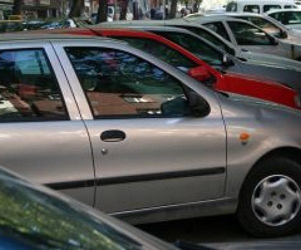 Passo carrabile e parcheggio selvaggio: anche il codice penale sanziona