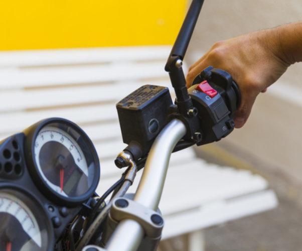 Esercitarsi con foglio rosa per patente B su moto 125cc